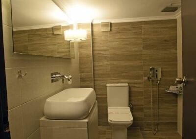 Bathroom_oikonomiko_tetraklino
